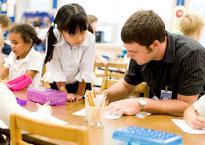Trẻ em Đức luôn tự chủ, sáng tạo là vì 5 việc tối kỵ phụ huynh cần tránh khi hướng dẫn con tự học ở nhà