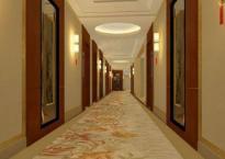 Tại sao khi vào khách sạn cố gắng đừng bao giờ ở phòng phía cuối hành lang?