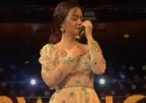 Sau ly hôn, Phạm Quỳnh Anh bật khóc khi hát 'Không đau vì quá đau'