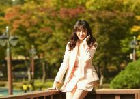 Hari Won khoe vẻ đẹp không tuổi, quyến rũ đến khó cưỡng