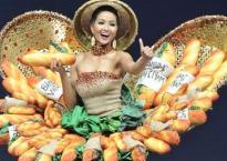 H'Hen Niê tự tin trình diễn trang phục 'Bánh mì' tại Miss Universe 2018