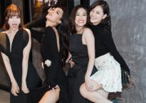 Ninh Dương Lan Ngọc cùng hội 'Gái già lắm chiêu' oanh tạc sàn thời trang