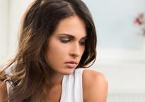 Nói bí mật cả đời cho chồng biết, phản ứng của chồng khiến tôi cảm thấy mình giống kẻ tội đồ