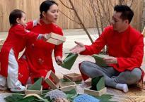 Cùng gói bánh chưng ngũ sắc ngày Tết với vợ chồng Phan Như Thảo