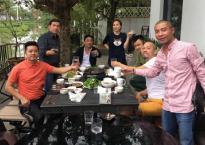 Dàn Táo Quân tưng bừng họp mặt đầu năm tại biệt thự của vợ chồng Mỹ Dung