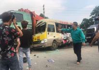 Tai nạn liên hoàn giữa 3 ô tô và 1 xe máy trên Đại lộ Thăng Long, 2 vợ chồng tử vong