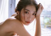 'Cô gái xấu xí' Ammy Minh Khuê: 'Tôi vắng bóng khỏi showbiz vì nỗi đau mất mẹ và vì áp lực kinh tế'