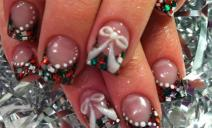 Những mẫu nail mới nhất cho Noel năm nay