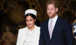 """Công nương Meghan đang """"phá hủy"""" Hoàng gia Anh, Hoàng tử Harry cảm thấy khổ sở vì có người vợ giả tạo và hám nổi tiếng"""
