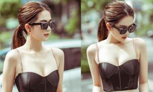 Ngọc Trinh lại diện áo bra khoe đường cong gợi cảm trên đường phố Singapore