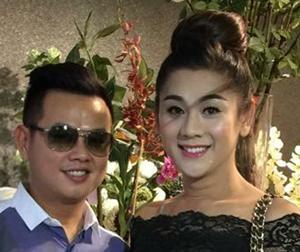 Lâm Chi Khanh làm lễ ăn hỏi với bạn trai đại gia vào tháng 10