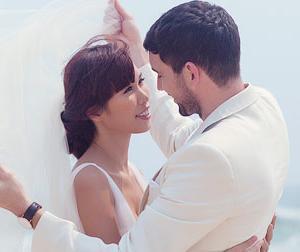 Hà Anh tung ảnh cưới nóng bỏng bên chồng Tây