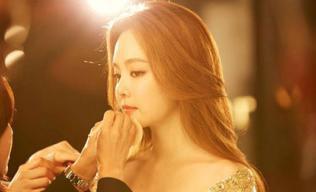 Chae Rim đẹp không tì vết trong loạt ảnh hậu trường