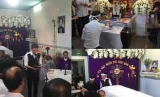 Những hình ảnh xúc động của Đàm Vĩnh Hưng trong đám tang ông ngoại