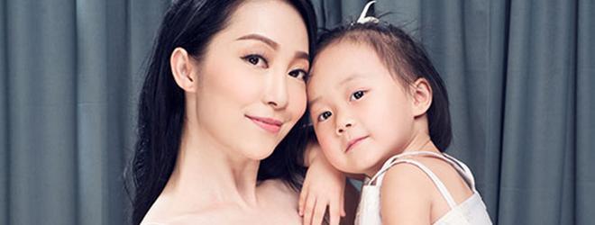 Linh Nga khoe khoảnh khắc đáng yêu bên con gái