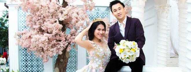 Dương Triệu Vũ mỉm cười hạnh phúc bên 'cô dâu' Ngọc Thanh Tâm