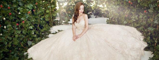 Lý Tiểu Lộ xinh đẹp khi hóa thành cô dâu