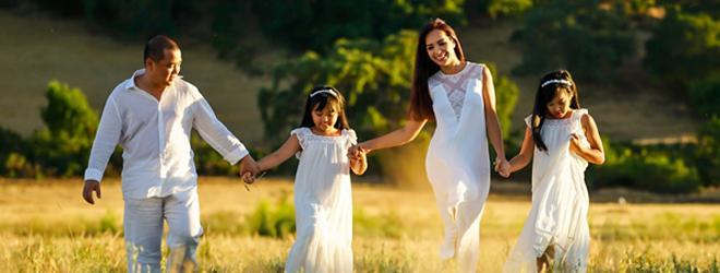 Khoảnh khắc hạnh phúc ngập tràn của gia đình Thúy Hạnh - Minh Khang