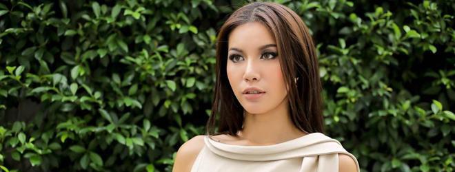 Chán phong cách cá tính, Minh Tú điệu đà, nữ tính trong bộ ảnh mới