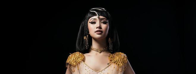 MC Vân Hugo hóa thành nữ hoàng Ai Cập đầy quyền lực