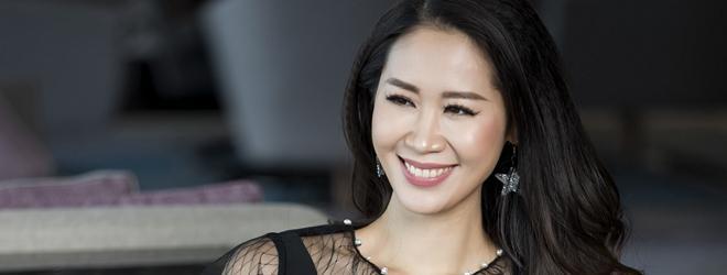 Hoa hậu Dương Thùy Linh đẹp thuần khiết trong bộ ảnh thời trang mới
