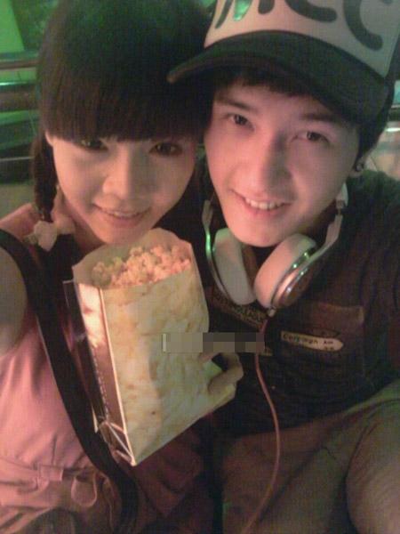 Huỳnh Anh không ngại công khai tình cảm khi liên tục khoe ảnh thân mật với  Kỳ Hân.