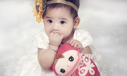 Mai Phương khoe loạt ảnh 'công chúa' tròn 1 tuổi cực đáng yêu