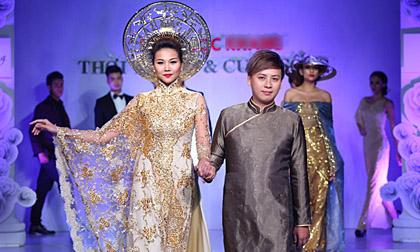 Thanh Hằng đẹp lộng lẫy và uy quyền với áo dài đính vàng