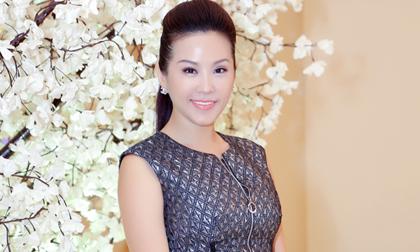 Hoa hậu Thu Hoài tái xuất sau khi từ chối dự thi Mrs. Universe