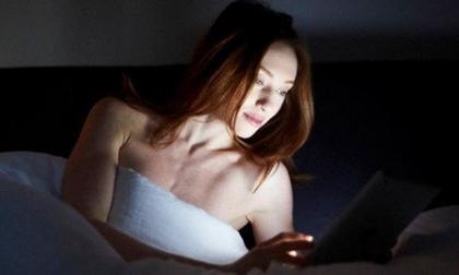 Thói quen phổ biến sau 9h tối cực nguy hại cho sức khỏe