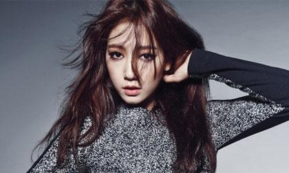 'Quý cô' Park Shin Hye khoe vẻ kiêu kỳ trên tạp chí tháng 9