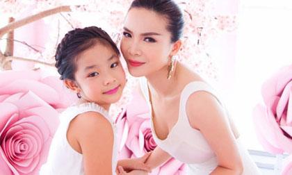 Yến Trang xinh đẹp, kiêu sa bên học trò cưng