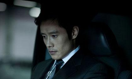 Cư dân mạng đồng loạt tẩy chay Lee Byung Hun