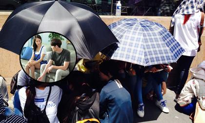 Fans 'khủng' đội nắng xem Kim Woo Bin đóng phim tại Việt Nam