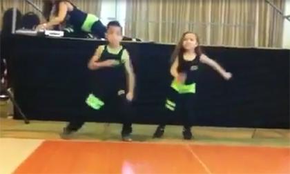 Màn khiêu vũ ấn tượng của cặp đôi nhí