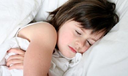 Những sai lầm về giấc ngủ của con mẹ cần tránh