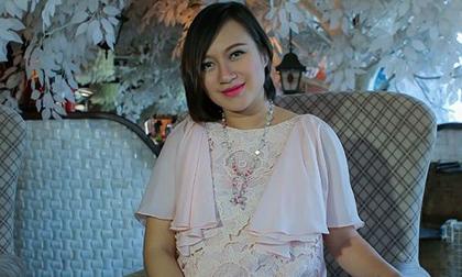 Khánh Linh hoãn sự nghiệp để sinh con cho người chồng thứ hai