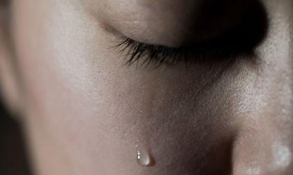 'Tôi đồng ý ly hôn và hiểu lầm chồng trong chuỗi ngày cuối đời của anh'