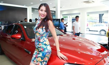 Cựu người mẫu Diễm Kyly khoe dáng chuẩn bên siêu xe
