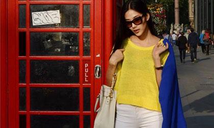Hoàng Thùy nổi bật với street style sành điệu ở London