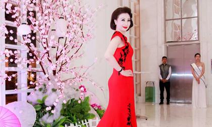 Doanh Nhân Vũ Thúy Nga đăng quang 'Nữ hoàng' Quyền năng phái đẹp 2014