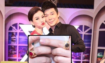 Nathan Lee đeo 2 nhẫn kim cương gần 6 tỷ đi nghe nhạc
