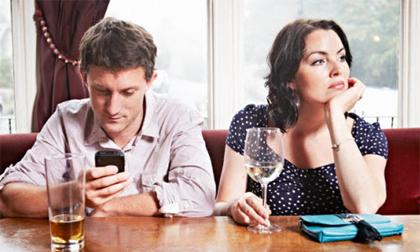Văn hóa sử dụng smartphone thời công nghệ