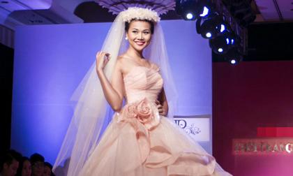 Vắng chú rể, Thanh Hằng vẫn rạng rỡ làm 'cô dâu'