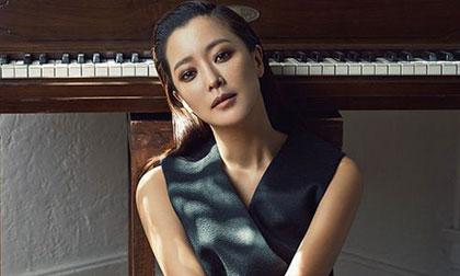Mê mẩn trước vẻ đẹp quyến rũ và sang trọng của Kim Hee Sun