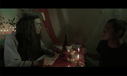 Hãi hùng với trailer 'Người Ngoài Cuộc'