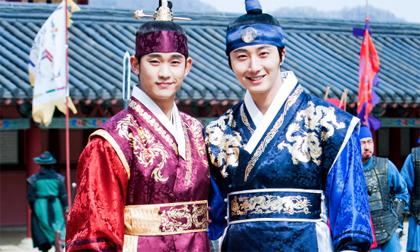 4 cặp anh em điển trai 'gây bão' màn ảnh Hàn