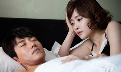Chọn chồng hay chọn cái thai với tình cũ?