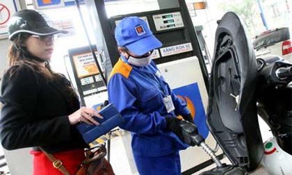 Giá xăng cõng định mức 1.050 đồng/lít và gần chục loại thuế, phí