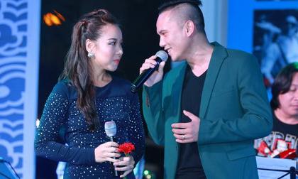 Tú Dưa lên sân khấu hát ủng hộ bạn thân của Bằng Kiều